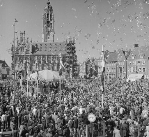 Afbeelding #000 voor het verhaal Door de jaren heen: Koningsdag en andere Oranjefeesten in Middelburg