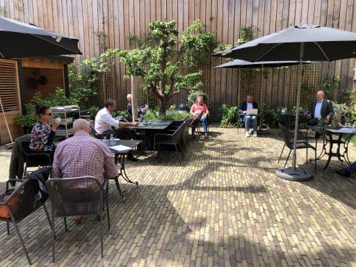 Afbeelding #001 voor het verhaal Doorpakken: de bespreking van de terrasverzoeken van de Middelburgse Horeca
