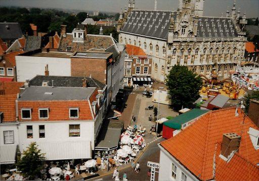 Afbeelding #000 voor het verhaal Een dolle donderdag in Middelburg, jaren 80