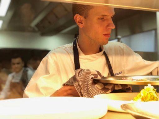 Afbeelding #001 voor het verhaal Een kijkje in de keuken van...Brasserie de Huifkar in Middelburg