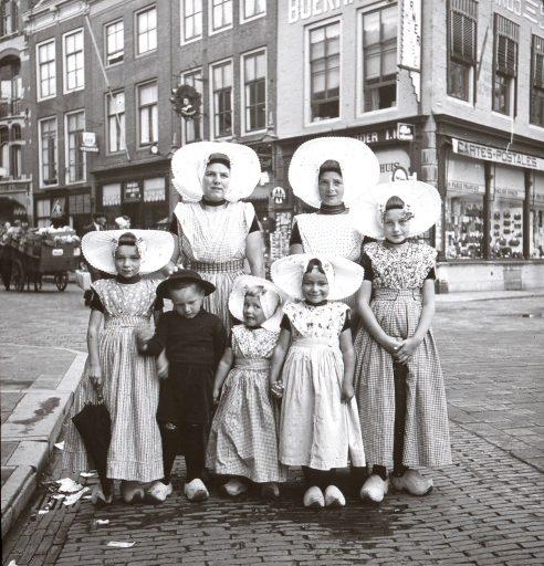 Afbeelding #000 voor het verhaal Een mooie zoldervondst: unieke foto's van Middelburg tussen 1902 en 1930