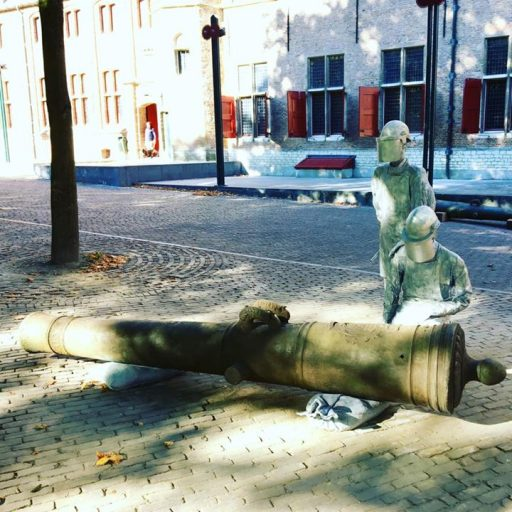 Afbeelding #000 voor het verhaal Een nieuw kunstwerk van Sjuul Joosen op het Abdijplein in Middelburg