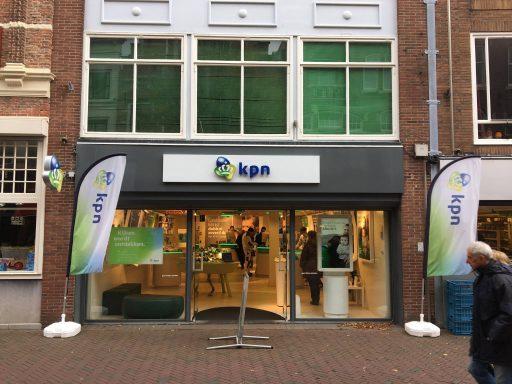 Afbeelding #000 voor het verhaal Een nieuwe formule voor de KPN-winkel in Middelburg