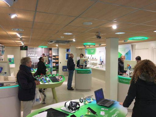 Afbeelding #001 voor het verhaal Een nieuwe formule voor de KPN-winkel in Middelburg