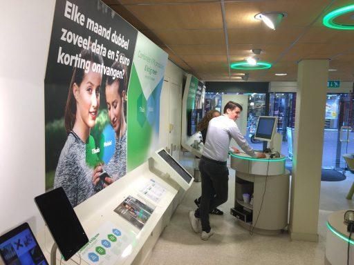Afbeelding #003 voor het verhaal Een nieuwe formule voor de KPN-winkel in Middelburg