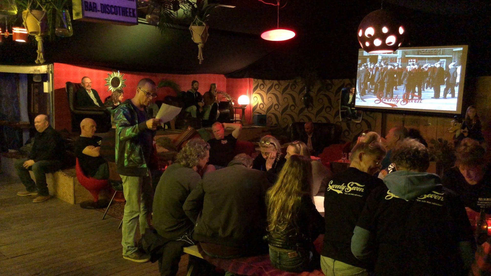 Afbeelding #000 voor het verhaal Een reis door de geschiedenis van café Seventy-Seven, in 77 vragen