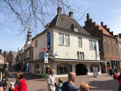 Afbeelding #000 voor het verhaal Een vernieuwde Bos Men Shop aan de Markt
