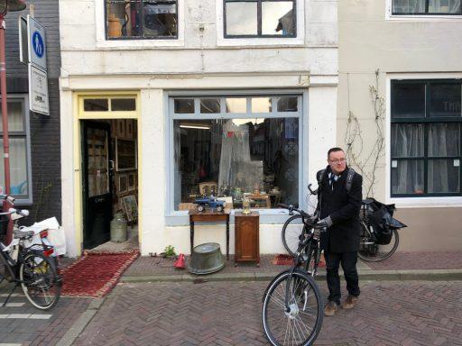 Afbeelding #001 voor het verhaal Een zeer tijdelijke winkel aan Sint Janstraat 27