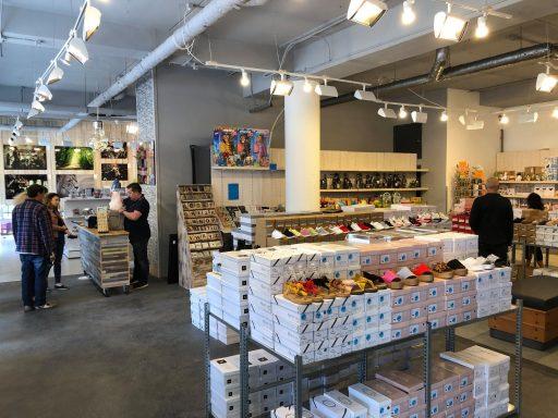 Afbeelding #000 voor het verhaal Expo XL en The Soap Queens geopend in Geerepassage