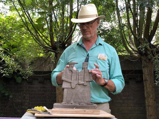 Afbeelding #000 voor het verhaal Expositie Paul Sanderse in tuin Kloveniersdoelen
