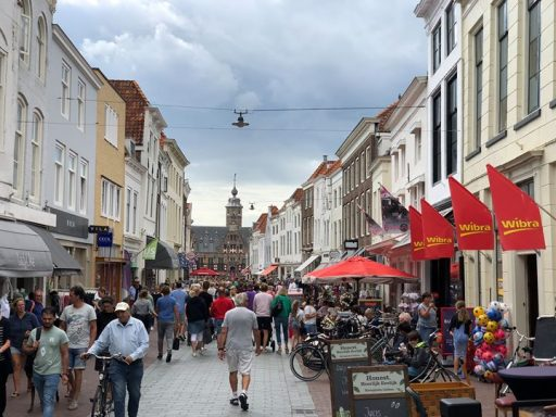 Afbeelding #000 voor het verhaal Extra koopzondagen in Middelburg in juli en augustus