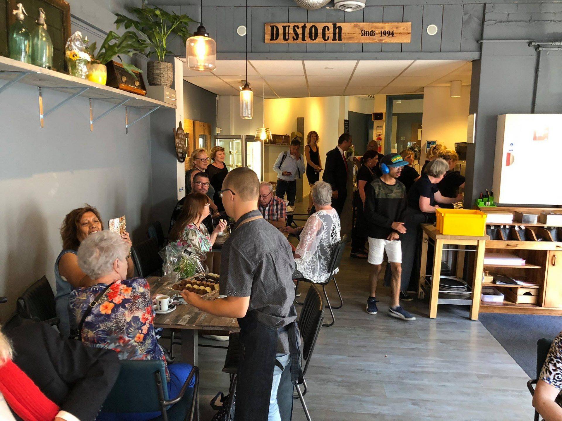 Afbeelding #026 voor het verhaal Feestelijk heropend in Middelburg: De Zeepbel en Dustoch van Stichting Arduin