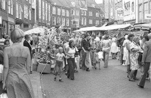 Afbeelding #000 voor het verhaal Gemeente Middelburg gaat controleren en handhaven op uitstallingen