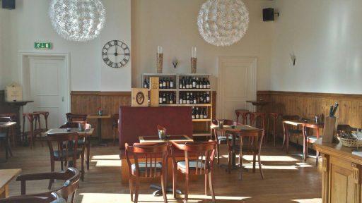 Afbeelding #001 voor het verhaal Geopend aan Damplein 27: Wijnlokaal Middelburg