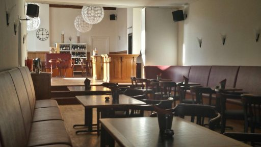 Afbeelding #002 voor het verhaal Geopend aan Damplein 27: Wijnlokaal Middelburg