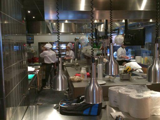 Afbeelding #002 voor het verhaal Geopend in Middelburg: het Marktcafé