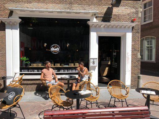 Afbeelding #024 voor het verhaal Geopend in Middelburg: The Tosti Club