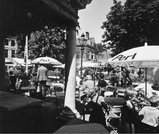 Afbeelding #002 voor het verhaal Gezocht: deelnemers voor 8 kunstmarkten op de Vismarkt, deze zomer