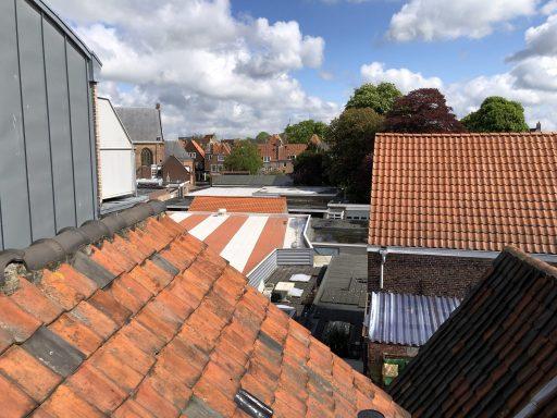 Afbeelding #002 voor het verhaal Het dak op met Henk & John
