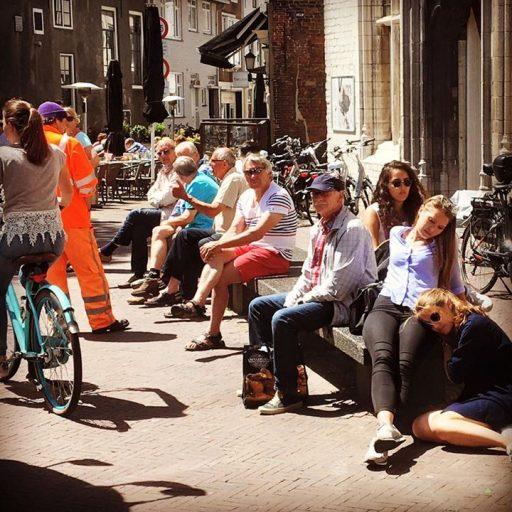 Afbeelding #000 voor het verhaal Het leven is goed, aan de Middelburgse boulevard