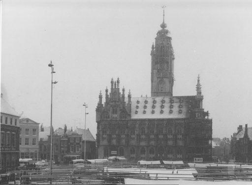 Afbeelding #000 voor het verhaal Het Middelburg van Peter Consemulder, deel 2