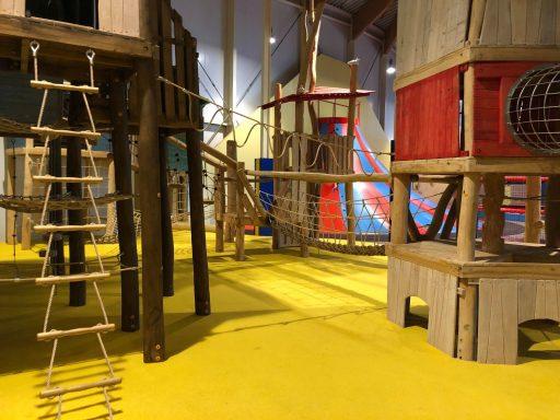 Afbeelding #001 voor het verhaal Het nieuwe indoor klim- en klauterstrand van Mini Mundi Middelburg