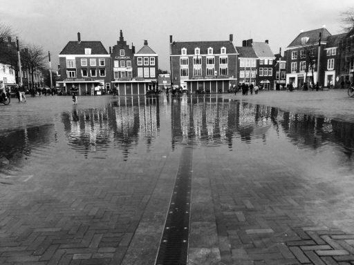 Afbeelding #000 voor het verhaal Het regende dat het gootje