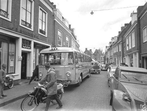 Afbeelding #000 voor het verhaal Historie! Bussen in Middelburg door de jaren heen