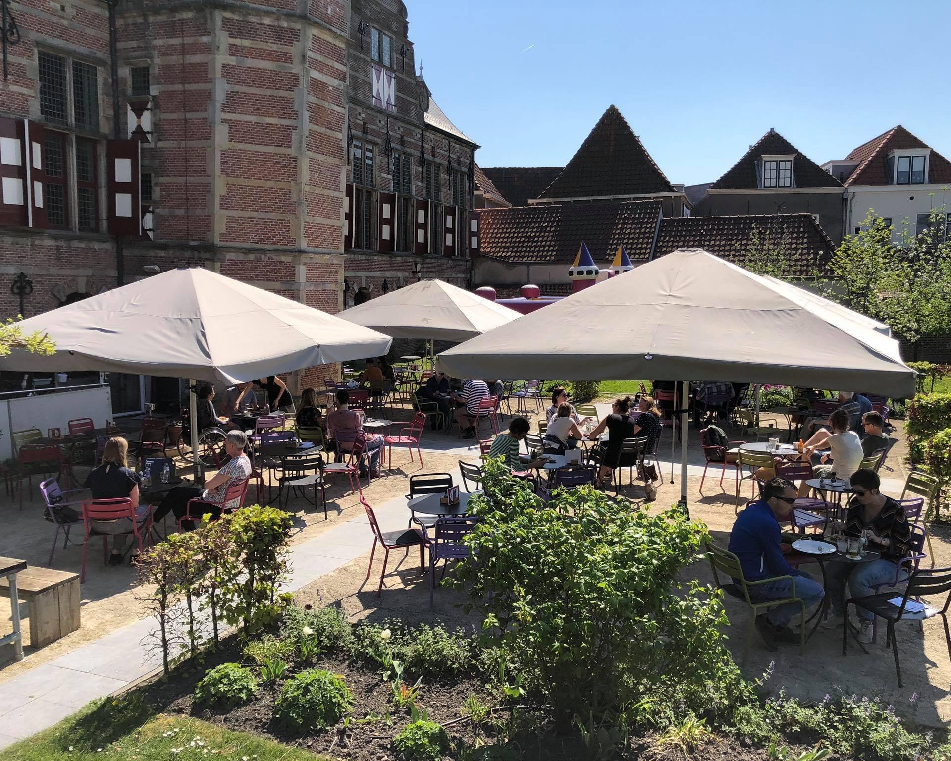 Afbeelding #000 voor het verhaal Horeca Middelburg kan terrasplannen indienen vóór 19 mei 2020