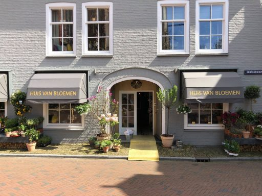 Afbeelding #000 voor het verhaal Huis van Bloemen heeft draai in Middelburg gevonden