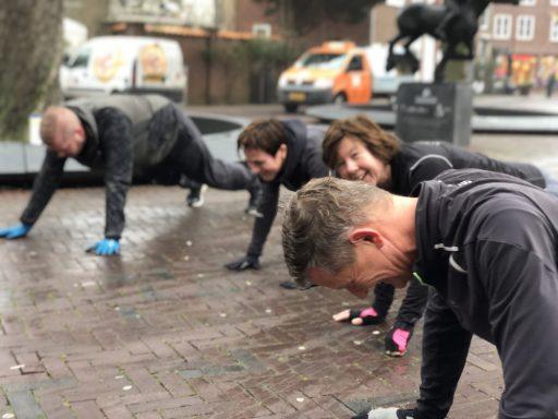 Afbeelding #003 voor het verhaal In beweging! Het jaar afsluiten op het Abdijplein, met Bootcamp Club Fitter Middelburg