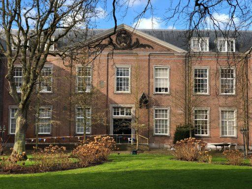 Afbeelding #001 voor het verhaal In de verkoop: voormalige Sterrenwacht en Oude Mannen- en Vrouwenhuis in Middelburg