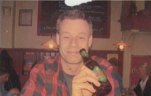 Afbeelding #001 voor het verhaal In Kaffee 't Hof, 2000-2005