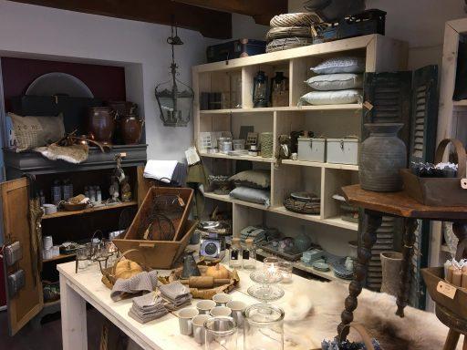 Afbeelding #002 voor het verhaal Interieur 't Hofje tijdelijk in de Lange Geere in Middelburg