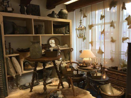Afbeelding #003 voor het verhaal Interieur 't Hofje tijdelijk in de Lange Geere in Middelburg