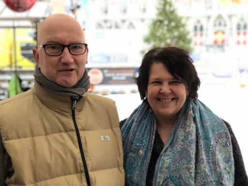 Afbeelding #000 voor het verhaal Jacobine Scholte de Jong en Bert Renkema over Kerstzingen op de Markt
