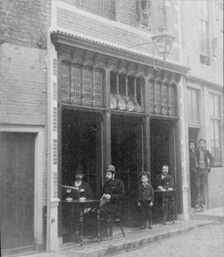 Afbeelding #000 voor het verhaal Karel Tiggelman over het voormalige café Centrum in de Latijnse Schoolstraat