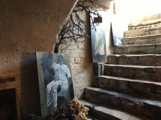 Afbeelding #002 voor het verhaal Kelderkunst: de mooie schilderijen van Mirjam de Visser-Pouwer op Damplein 21