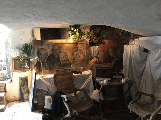 Afbeelding #004 voor het verhaal Kelderkunst: de mooie schilderijen van Mirjam de Visser-Pouwer op Damplein 21