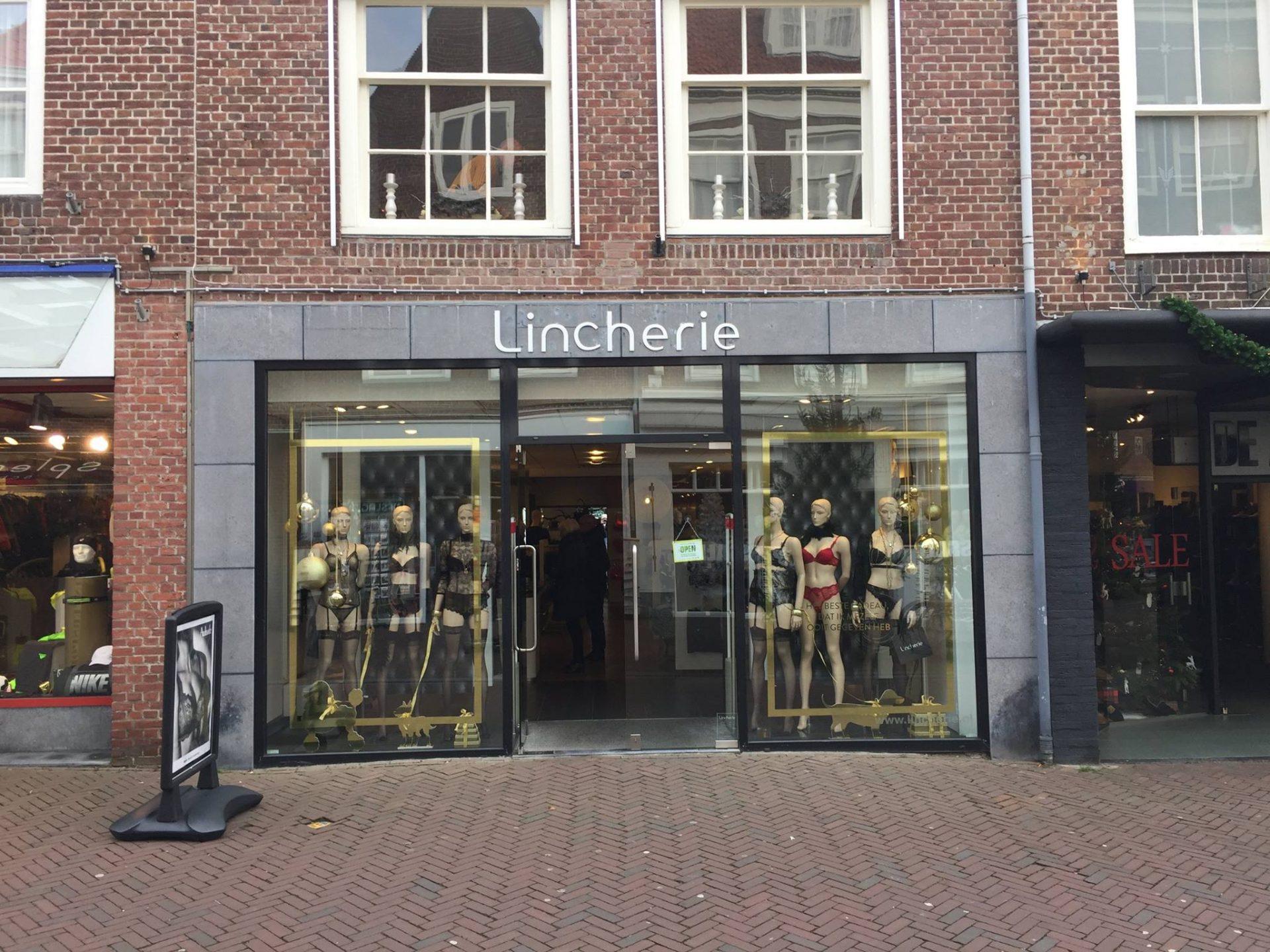 Afbeelding #000 voor het verhaal Kerstinkopen doen bij Linchérie in Middelburg, een terugblik