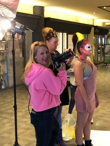Afbeelding #000 voor het verhaal Kleurrijk! Een fotoshoot bij de School van Mieke Petiet