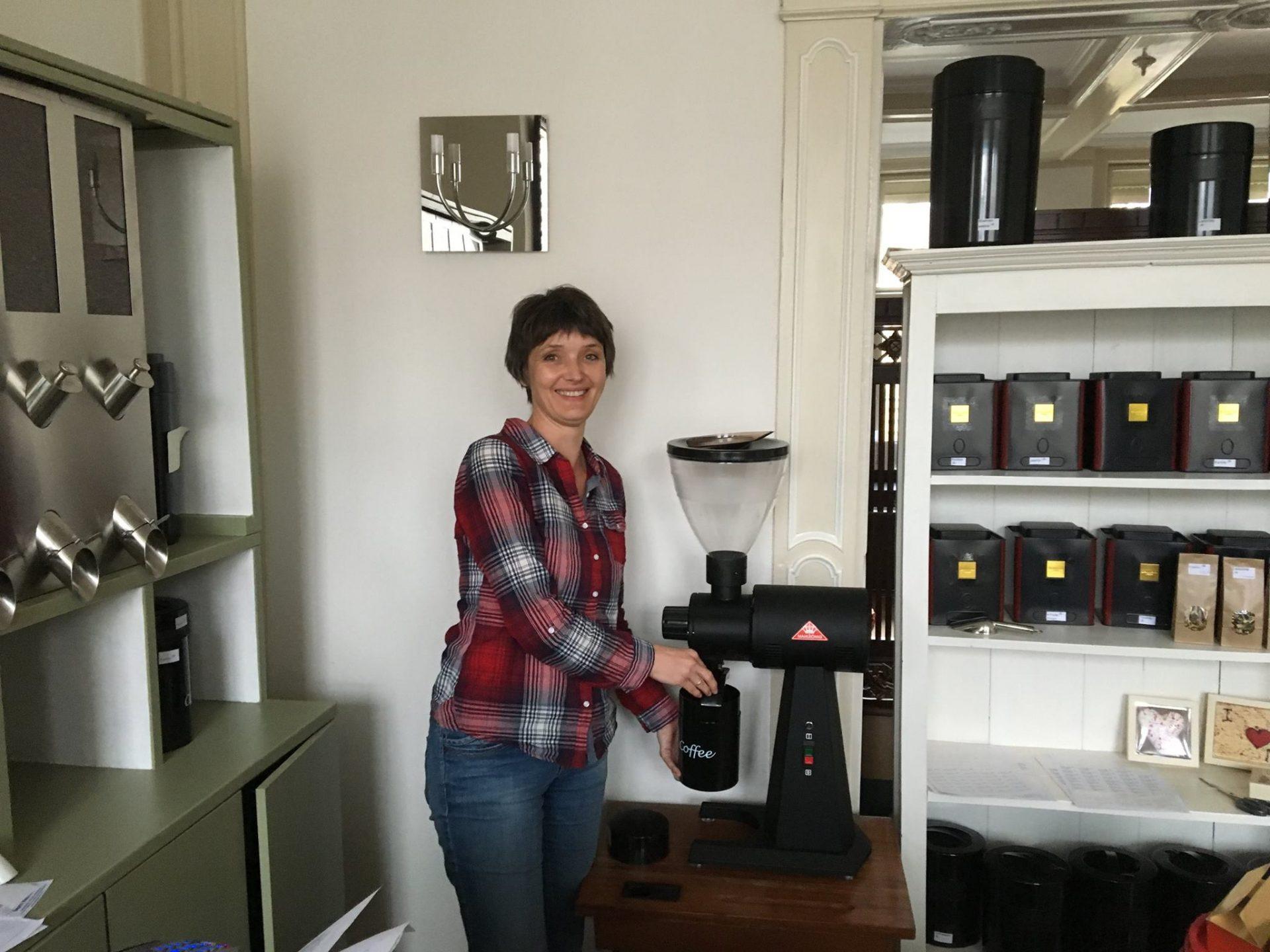 Afbeelding #000 voor het verhaal Koffie- en theewinkel De Hope opent aan de Kinderdijk in Middelburg