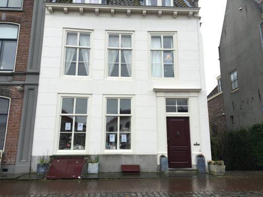 Afbeelding #001 voor het verhaal Koffie- en theewinkel De Hope opent aan de Kinderdijk in Middelburg