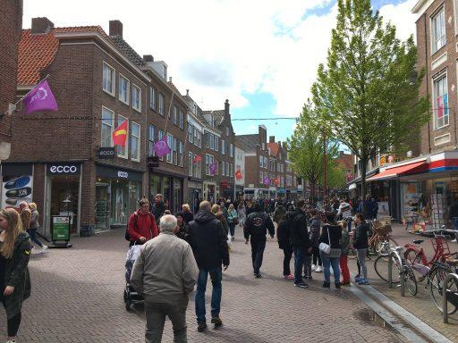 Afbeelding #003 voor het verhaal Koningsdag in Middelburg, in 37 kiekjes