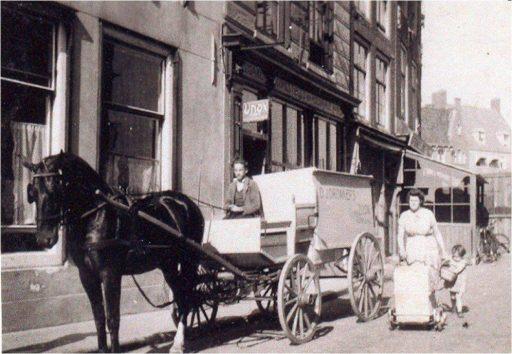 Afbeelding #001 voor het verhaal Kruidenier Dronkers en pand de Morgenster op de Vlasmarkt in Middelburg