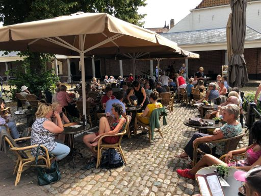 Afbeelding #000 voor het verhaal Kunst! Cultuur! Kermis! Een mooie zomerzondag in Middelburg