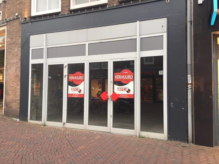 Afbeelding #000 voor het verhaal Lange Delft 39 (voorheen Bruna) weer verhuurd