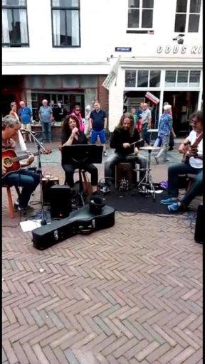 Afbeelding #000 voor het verhaal Le Ravage speelt geld bij elkaar voor De Klepperhoeve in Middelburg