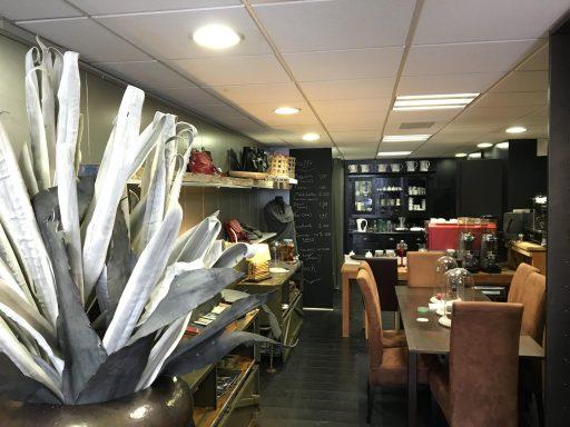 Afbeelding #001 voor het verhaal Lien Fashion in Middelburg breidt uit