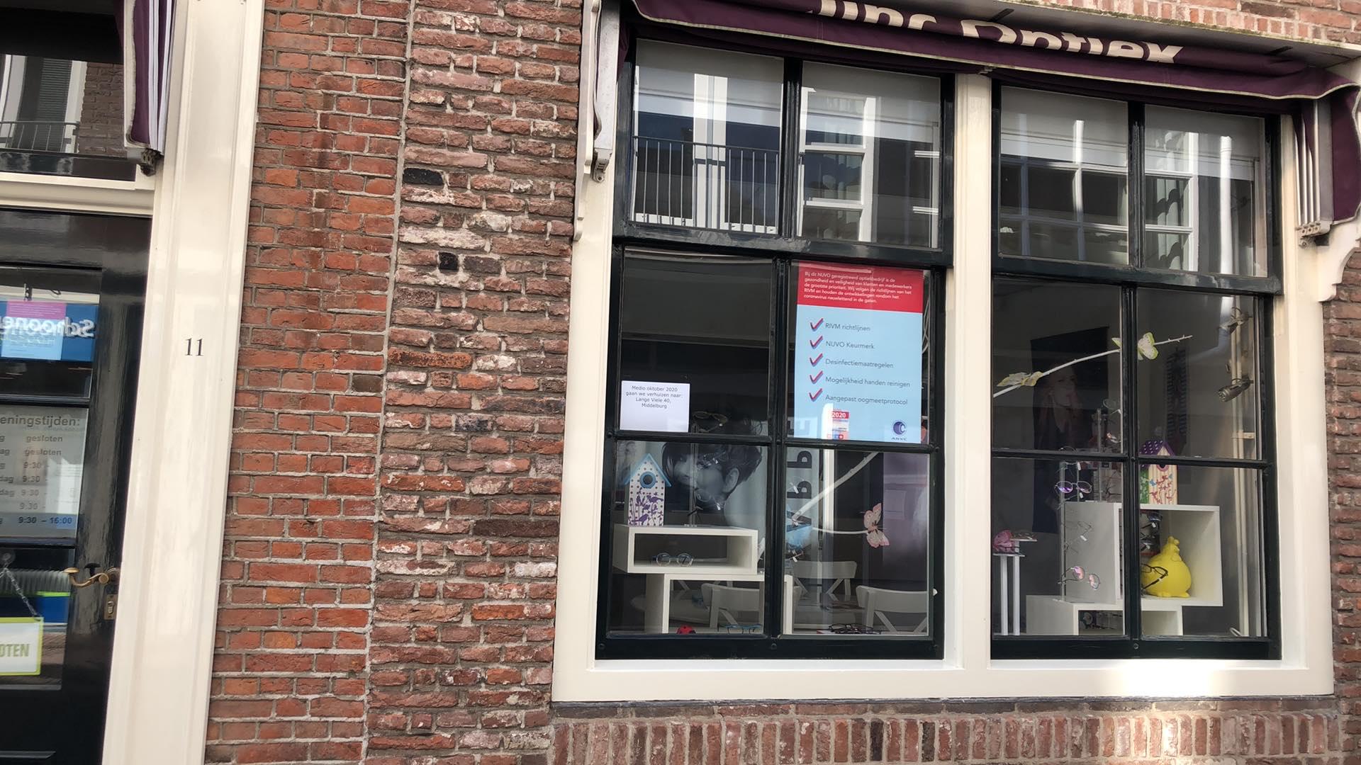 Afbeelding #001 voor het verhaal Lieve Hemel verhuist naar Klein Vlaanderen, Jinc Optiek naar de Langeviele